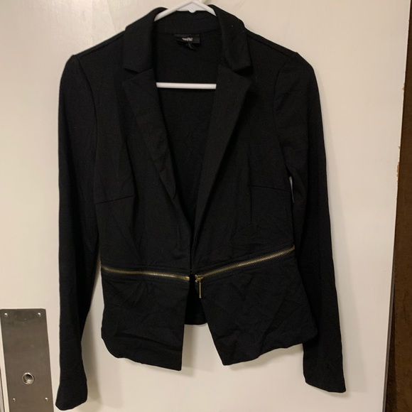 Mossimo Supply Co. Jackets & Blazers - Mossimo cropped zip off Ponte blazer